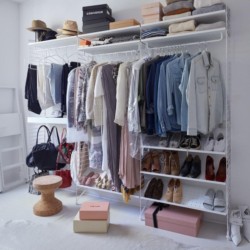 String Deluxe Closet