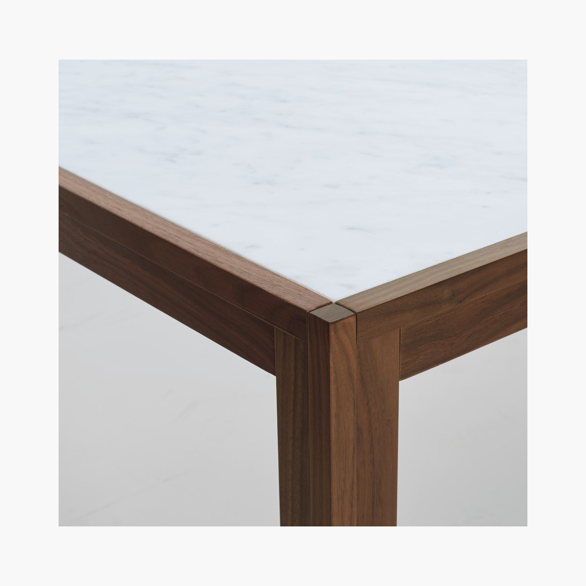 Doubleframe™ Table