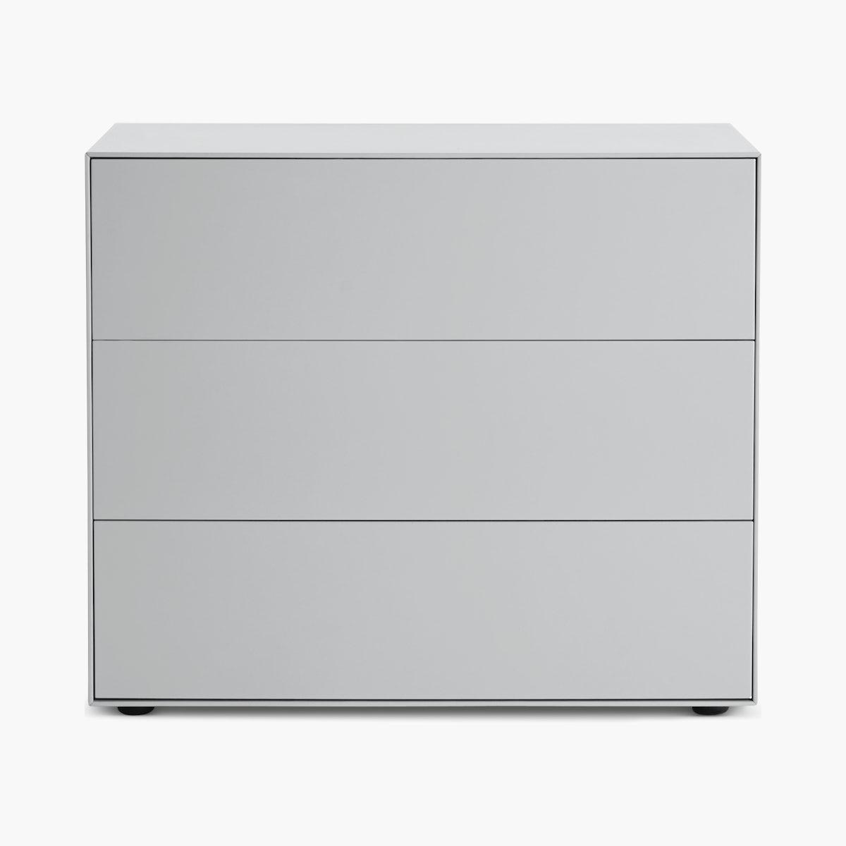 Lauki Wide Dresser