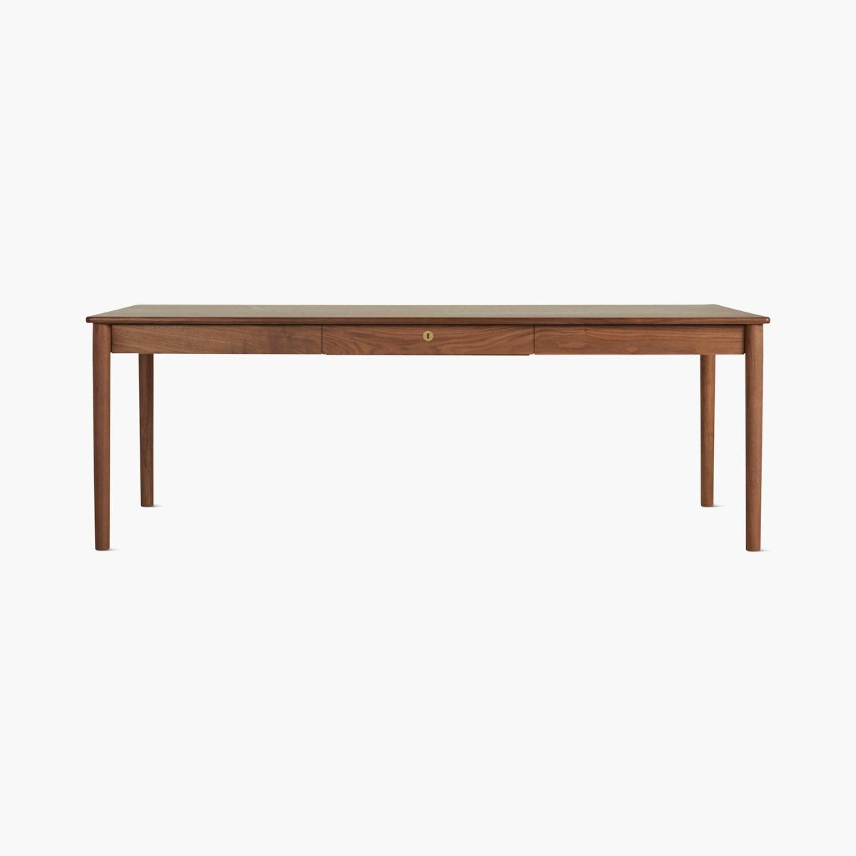 Edel Table, Grand