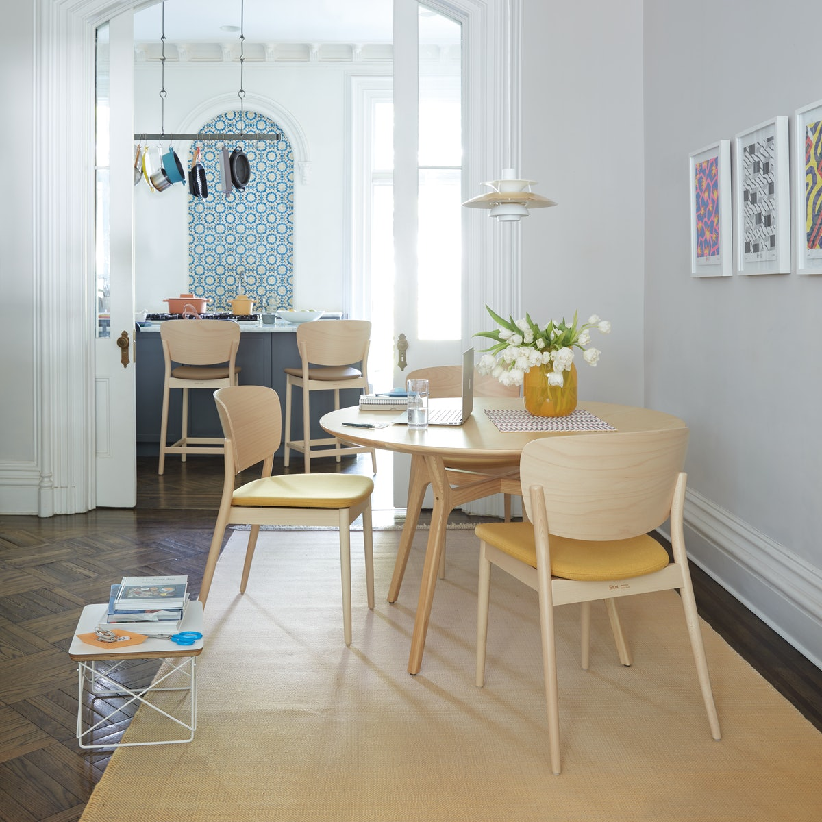 Valencia Chair with Ren Dining Table