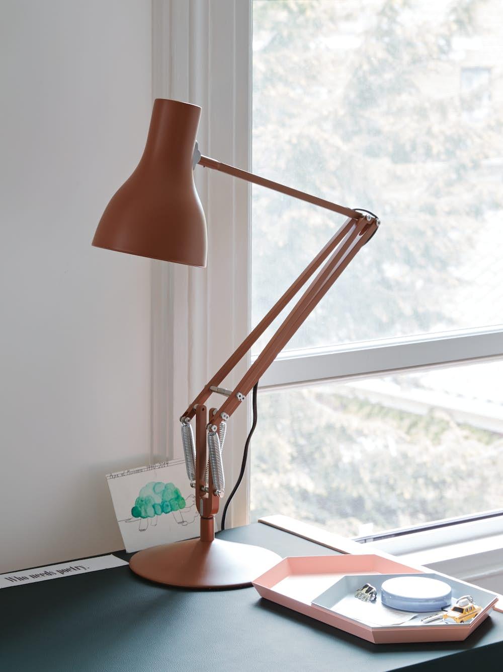 Risom Desk with Type 75 Task Lamp