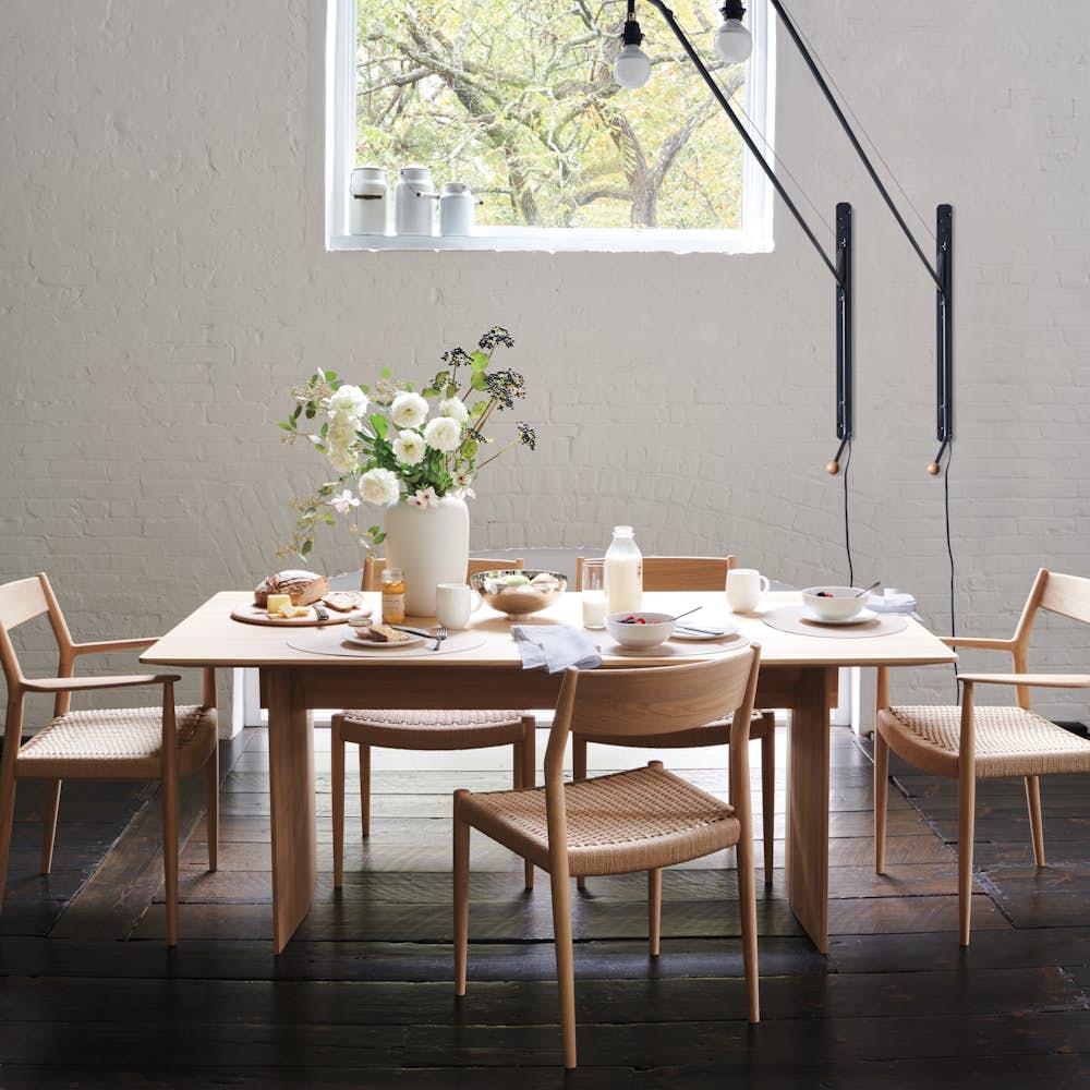 Karimoku Table