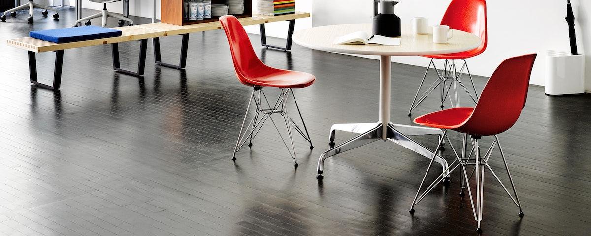 Eames Molded Fiberglass Side Chair