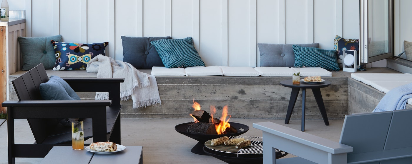 Outdoor Pillows + Cushions