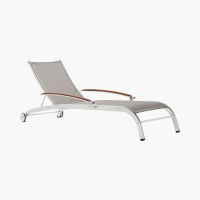 Lucca Chaise