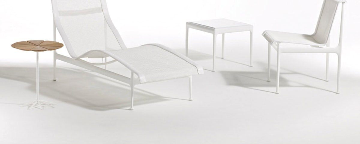 1966 Collection Contour Chaise