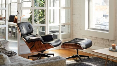 Lounge Chairs & Ottomans