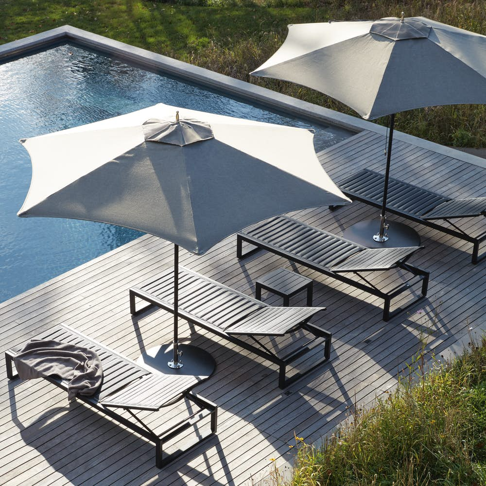 Tuuci Ocean Master Hexagon Shade with Sommer Adjustable Chaise
