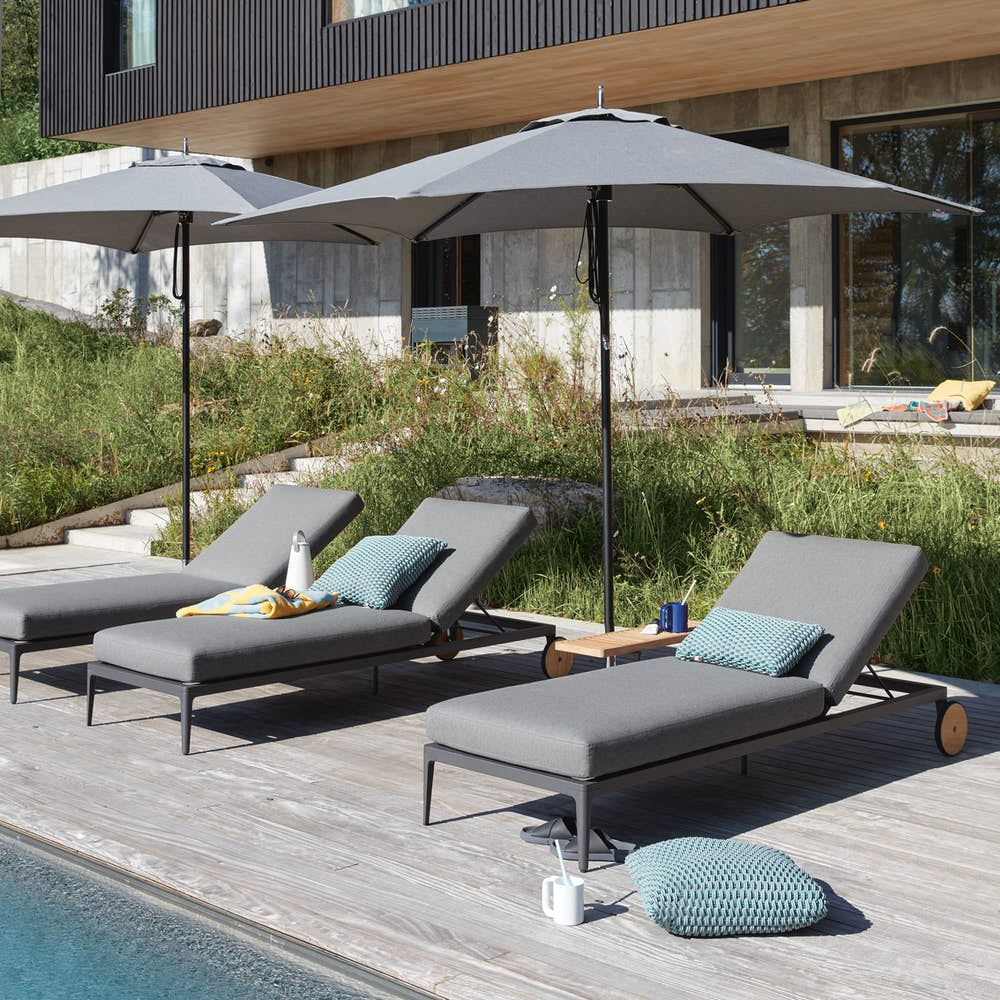 Grid Adjustable Chaise with Tuuci