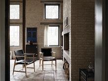 BM 1106 Huntsman Chair