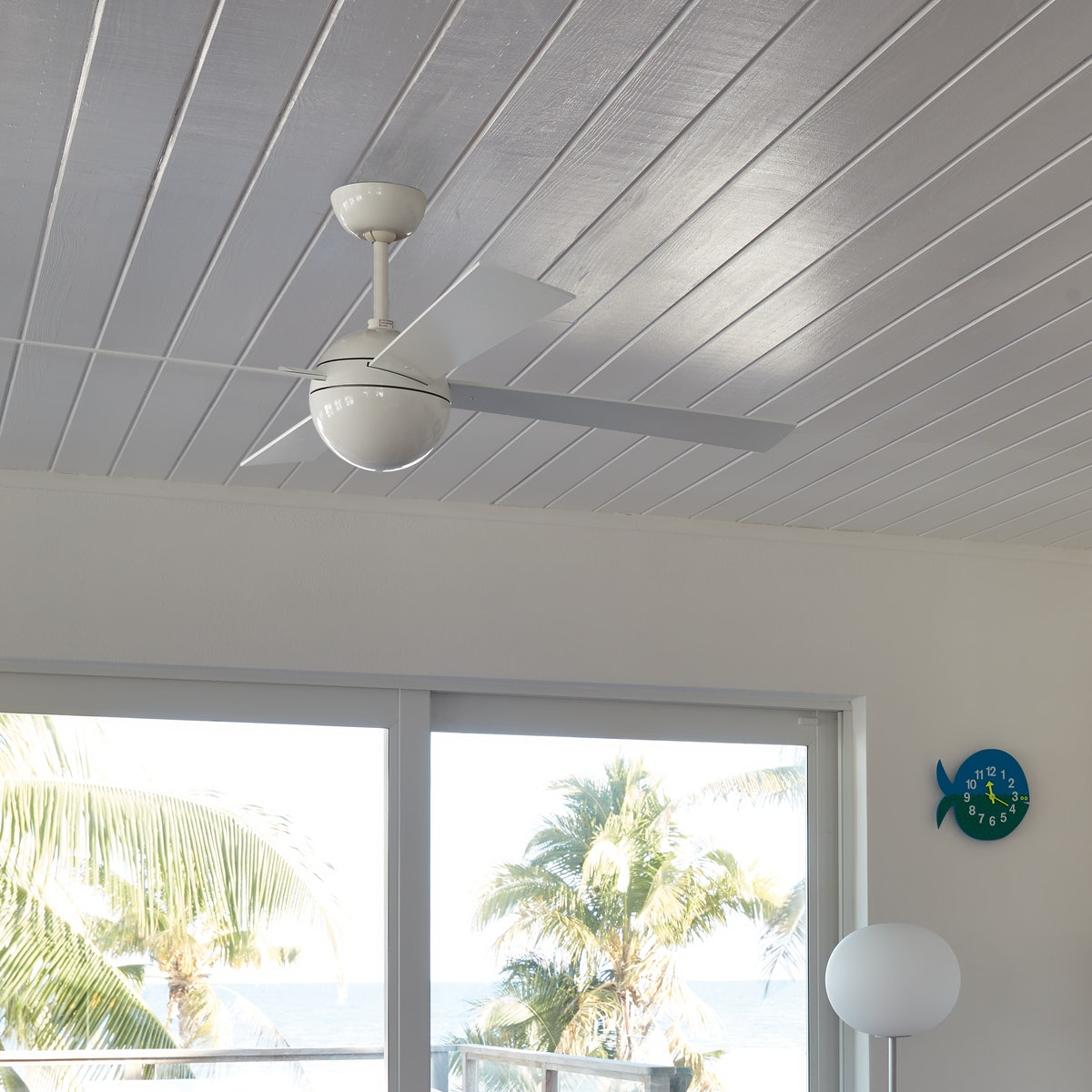 Ball Ceiling Fan with Remote