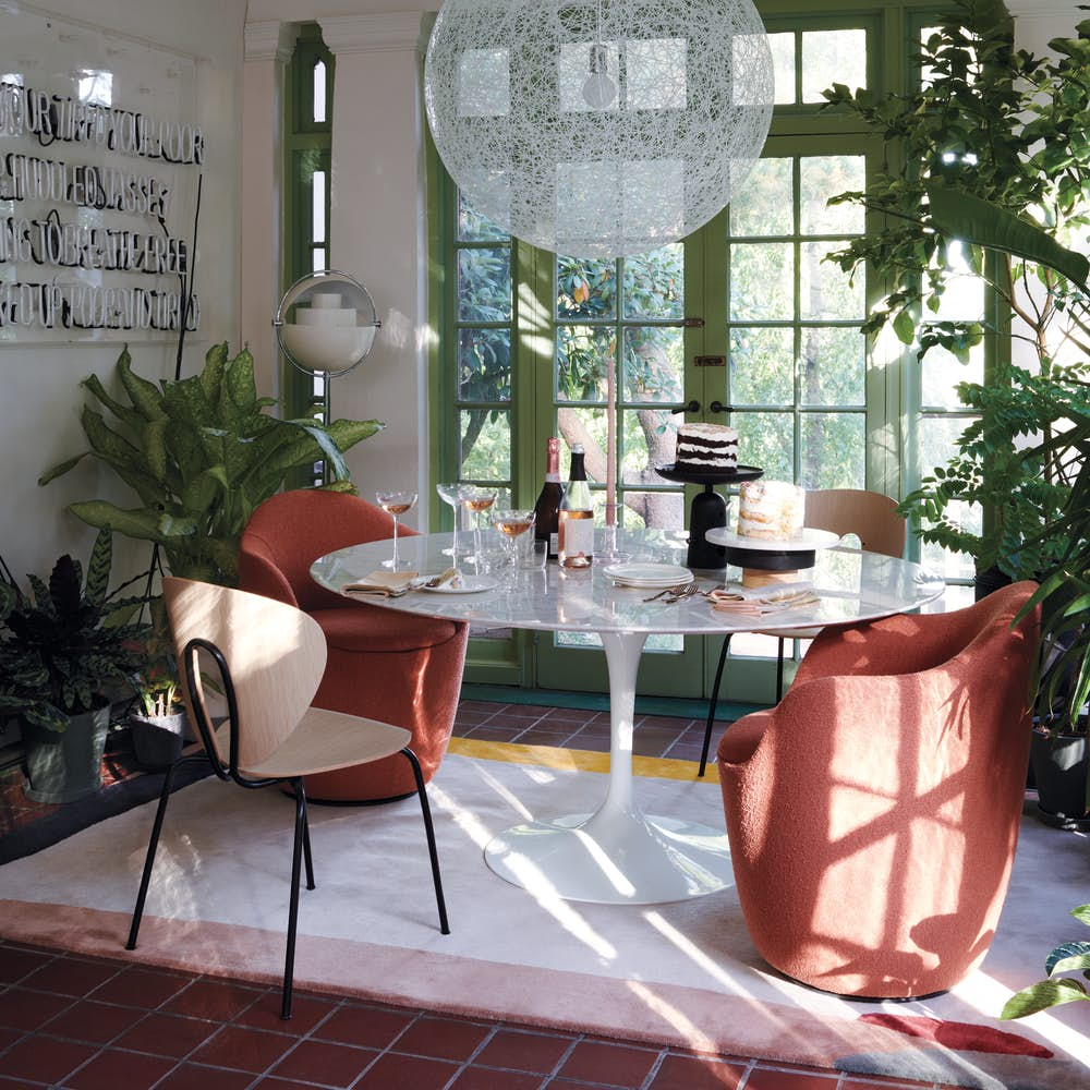 Saarinen Dining Table 60