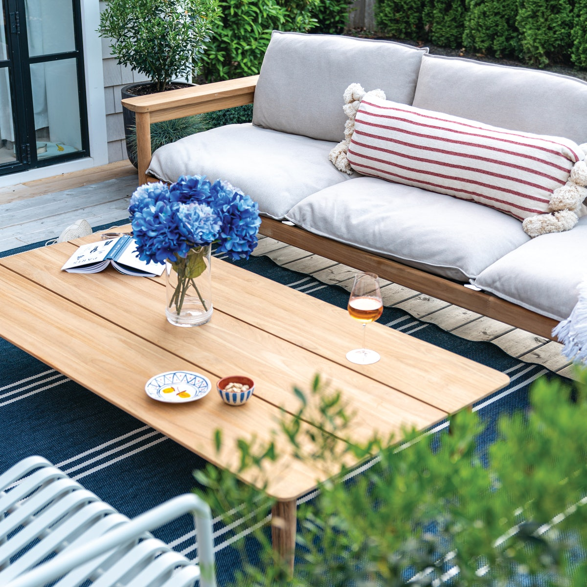 Terassi Coffee Table