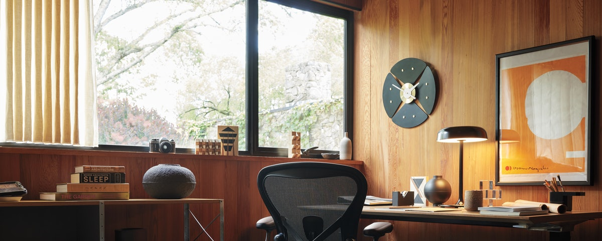 Renew Desk with Embedded Power