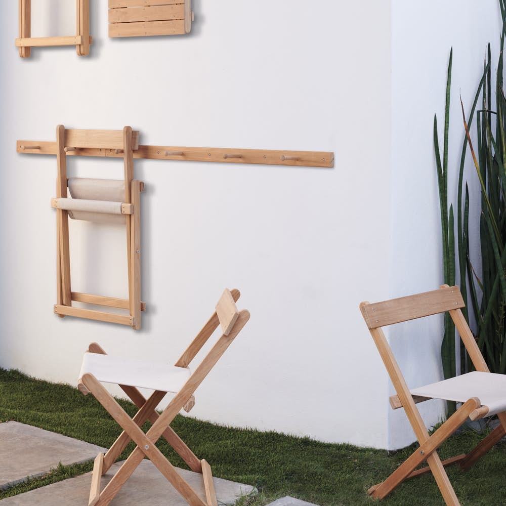 Deck Folding Chair and Wall Mount